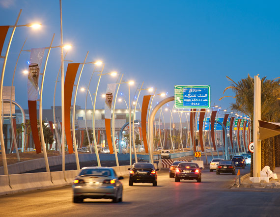 transportation saudi arabia One of saudi arabia's vision 2030 goals is to ensure high-quality transport services around the country abdul latif jameel machinery has announced a new strategic partnership with higer bus, a .