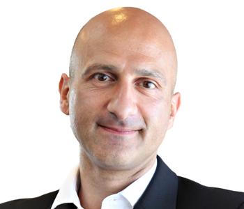 28 Mario Georgiou