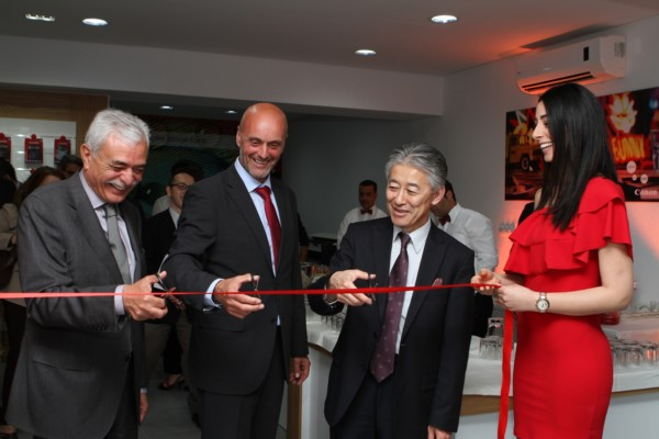 Canon opens largest showroom in Tunisia