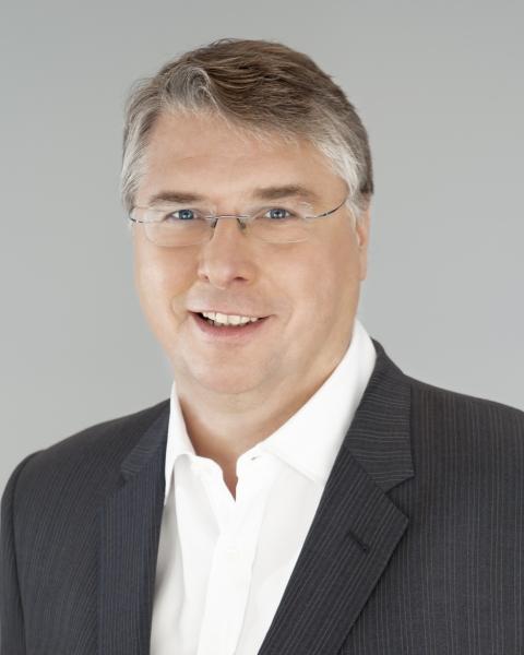 Pierre Racz, Genetec