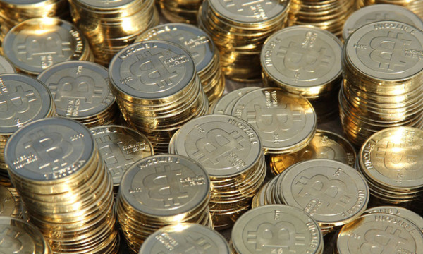Bitcoin: bubble or opportunity