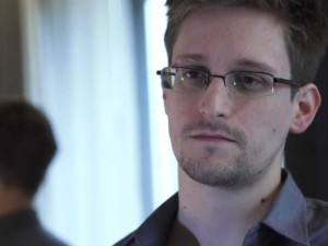 old-internet-comments-appear-to-show-edward-snowden-was-angry-about-the-nsa-in-2006