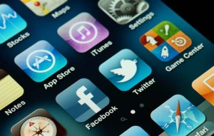 The-Best-Technology-Apps-to-Improve-Social-Media-Interaction
