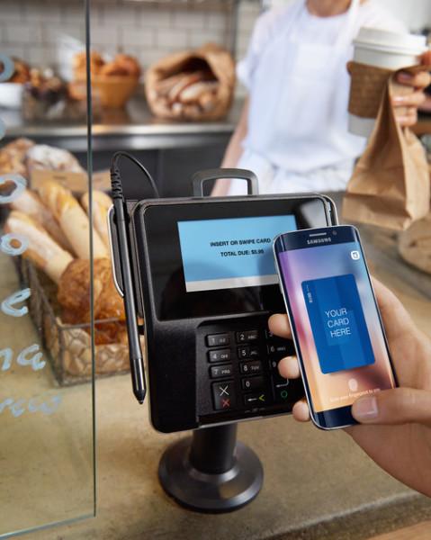 Samsung Pay Lifestyle Image