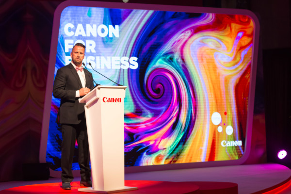 Hendrik Verbrugghe, Marketing Director, Canon Middle East and Canon Central and North Africa speaking at the event