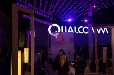 Qualcomm and Broadcom executives are reportedly set to meet on 14th February