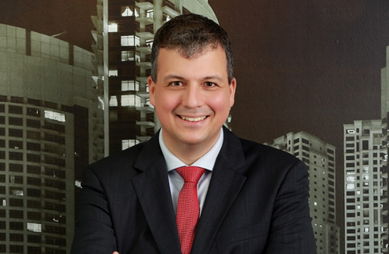 Jeroen Schlosser, Equinix