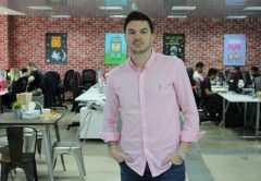 yallacompare CEO Jon Richards