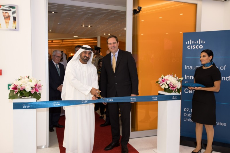 H.H. Sheikh Ahmed bin Saeed Al Maktoum and Cisco CEO Chuck Robbins inaugrate the firm's Innovation and Experience Centre