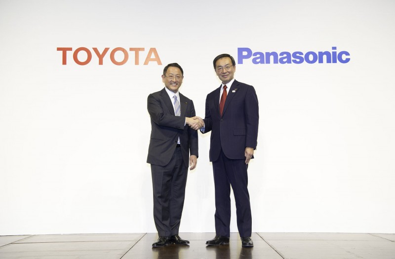 Toyota and Panasonic have announced an agreement to begin studying the feasibility of a joint automotive prismatic battery business.