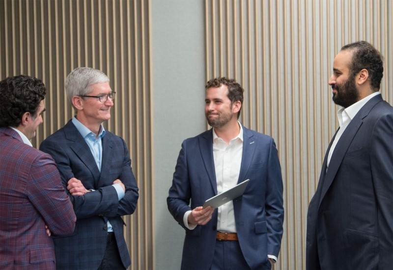 Saudi Crown Prince Mohammed bin Salman met with Apple CEO Tim Cook during his recent Silicon Valley tour