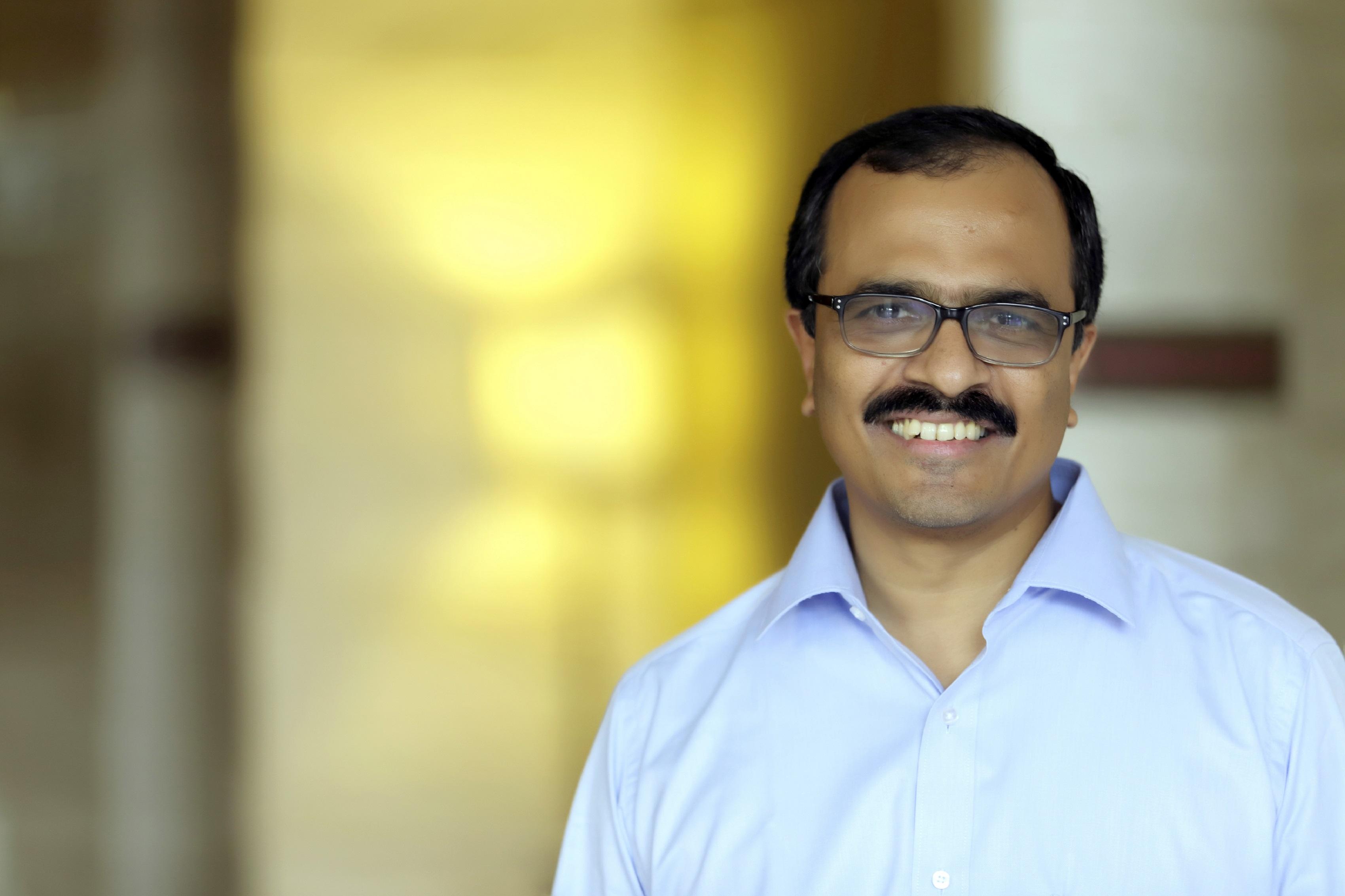 Dr Vinod Vasudevan, Flytxt