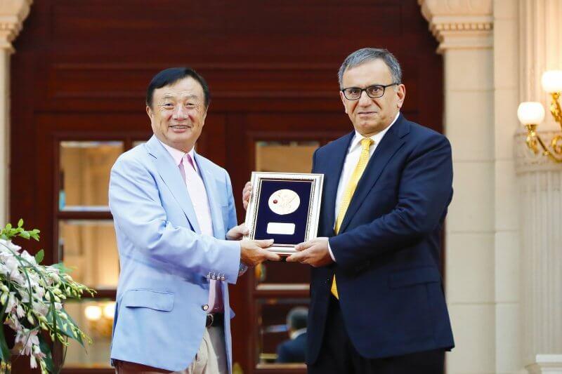 Huawei founder Ren Zhengfei with Dr. Erdal Arikan, the inventor of 5G polar codes