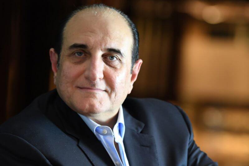 Osman Sultan, CEO, du
