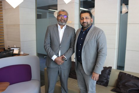 (L-R) Ravi Sudarshan, 2CRSI and Deepesh Pillai, SNB Middle East