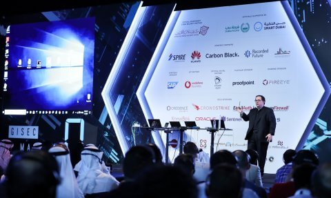 Kevin Mitnick live hack at GISEC 2019