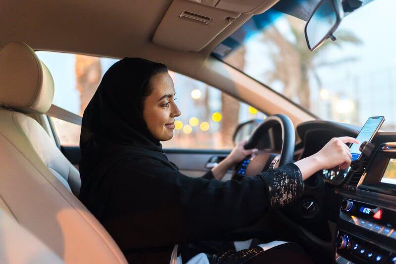 Uber, Saudi women, drivers