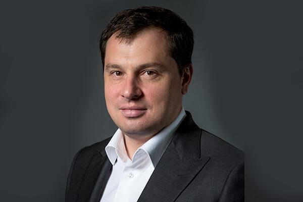 https://www.tahawultech.com/wp-content/uploads/2019/12/Alexander-Moiseev.jpg
